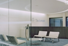 gallery_taubman05